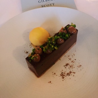 Chocolate crémeux , orange sherbet